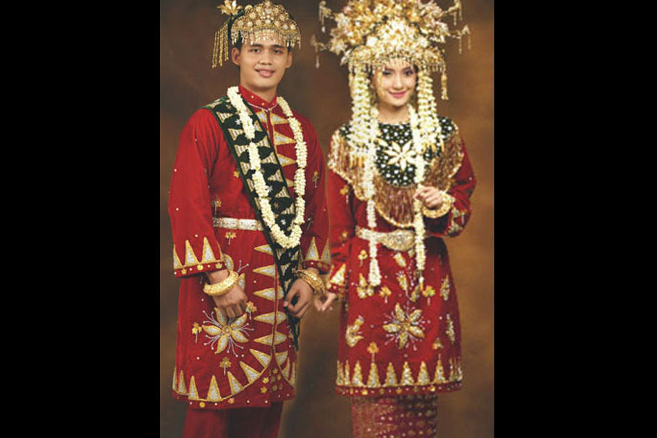 Paksian Traditional costume