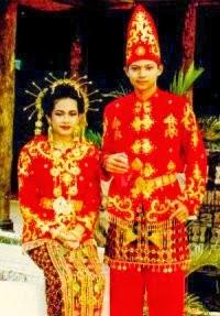 Pakaian Adat Sulawesi Tenggara Beautiful Indonesia Umm