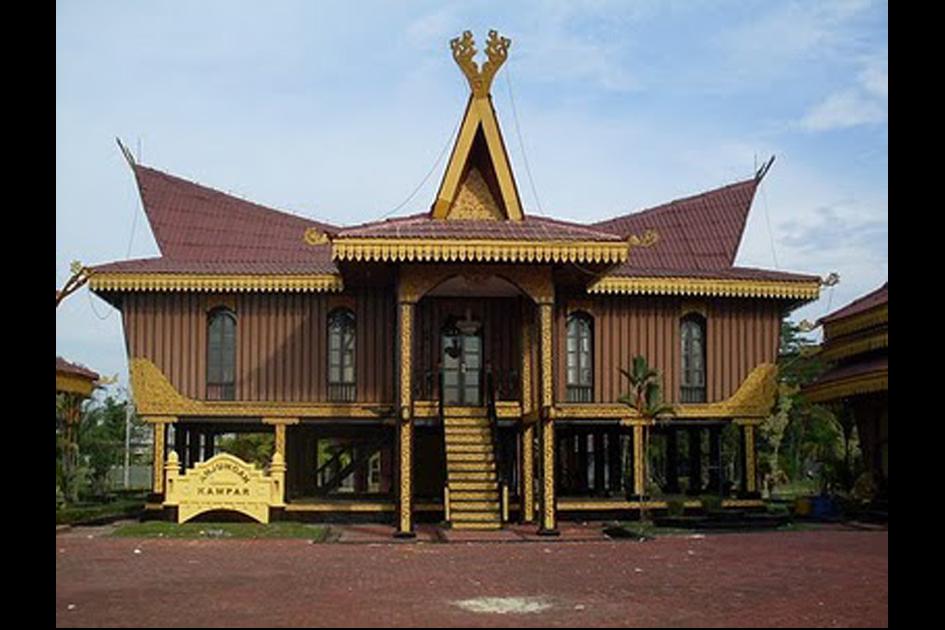 بيت التقليدية لونتيوك