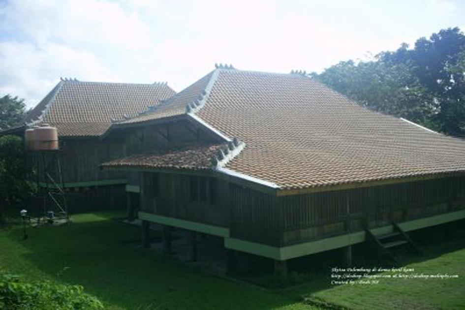 Rumah Bari Palembang (Rumah Adat Limas)
